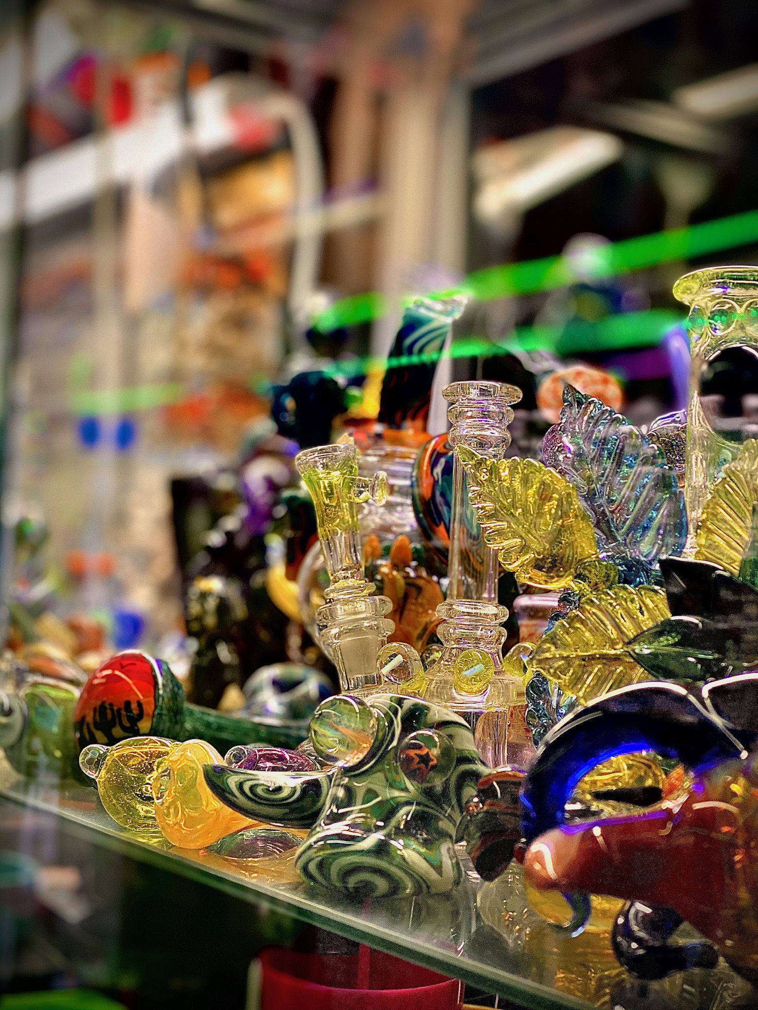 Glass pipe and bongs