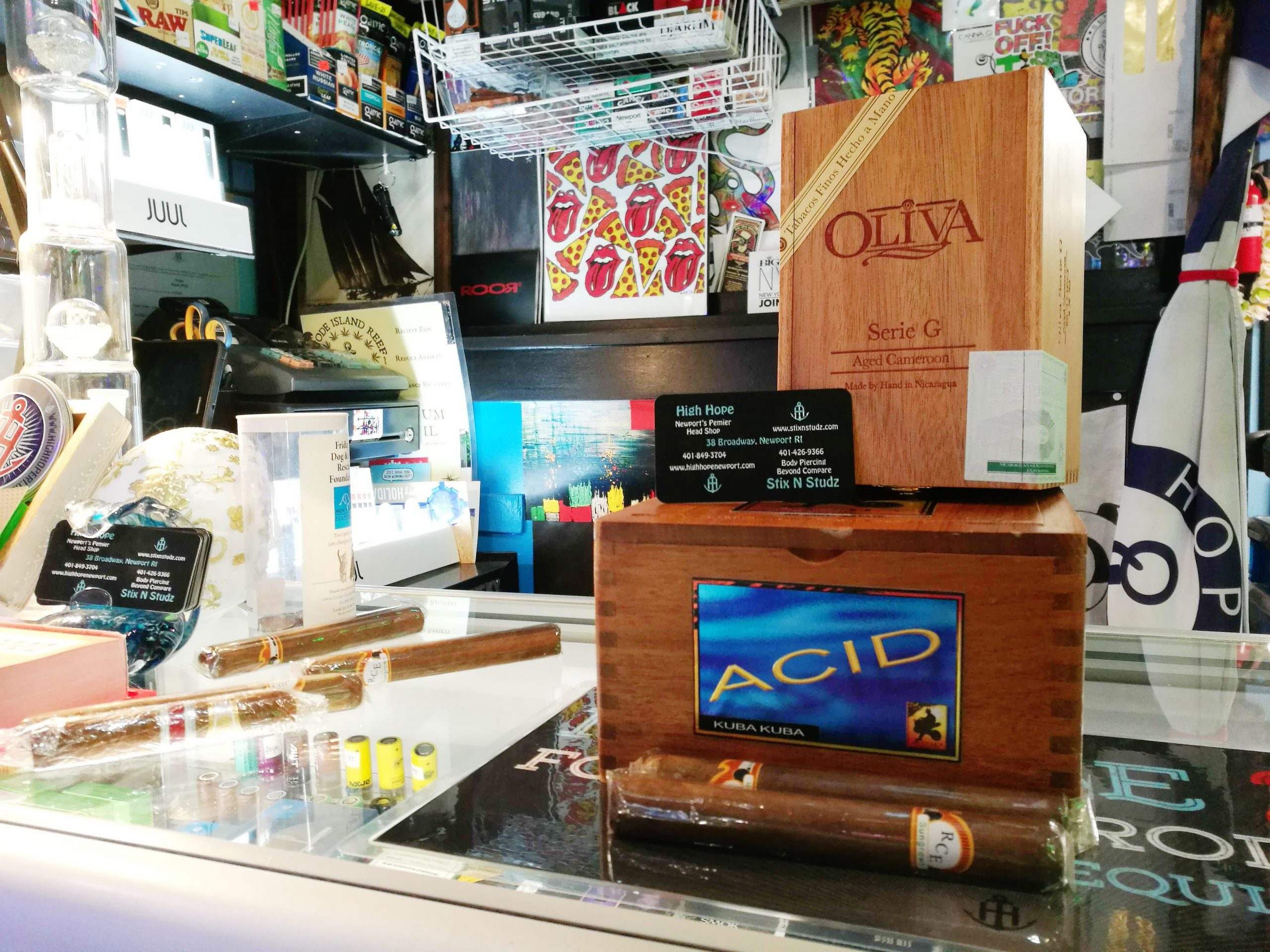 ACID and Olivia cigar box with RCE cigars
